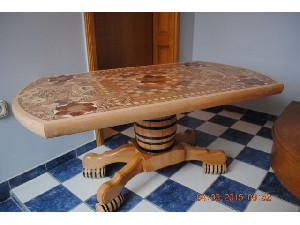 TABLE - NEW- 9 TYPES WOOD-ONE IN THE WORLD