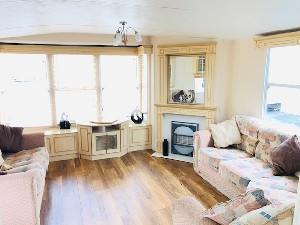 ***CHEAP FIRST TIME BUYERS CARAVAN FOR SALE IN SUFFOLK***